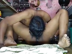 Desi Marathi Aunty's Pussy With Ice-cream – Munched And Pulverized