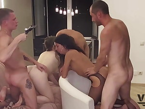 Pic SESSION THAT Revved INTO A Ambisexual ORGY (1)